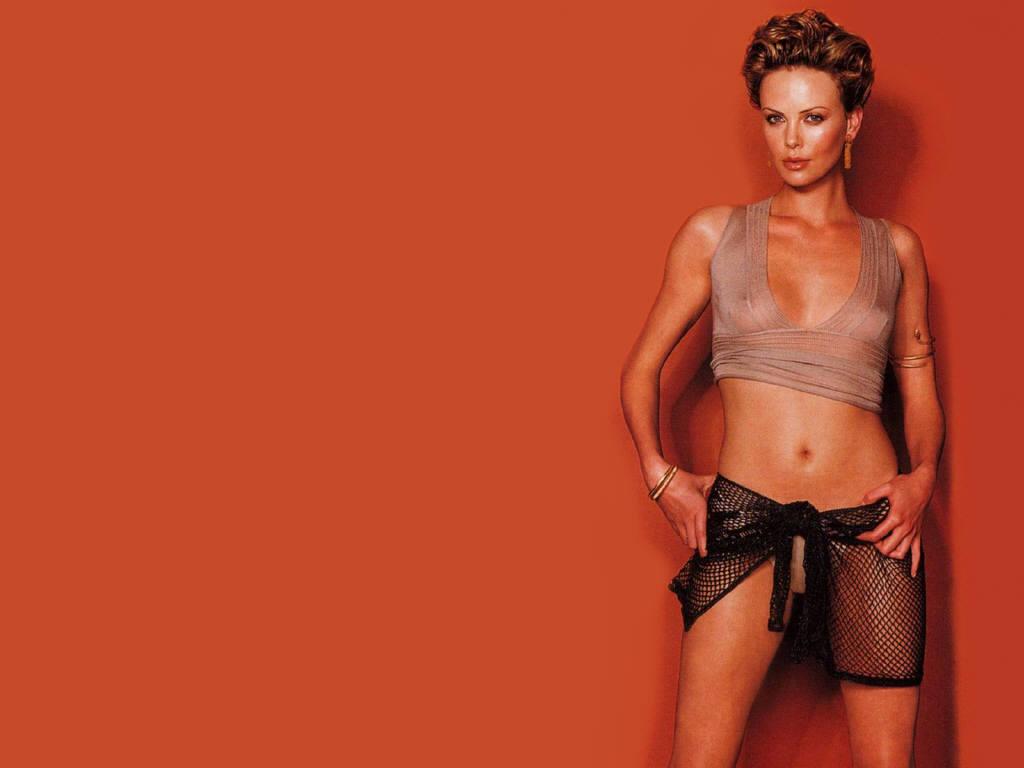 Charlize Theron Resimleri İçin Tıklayınız